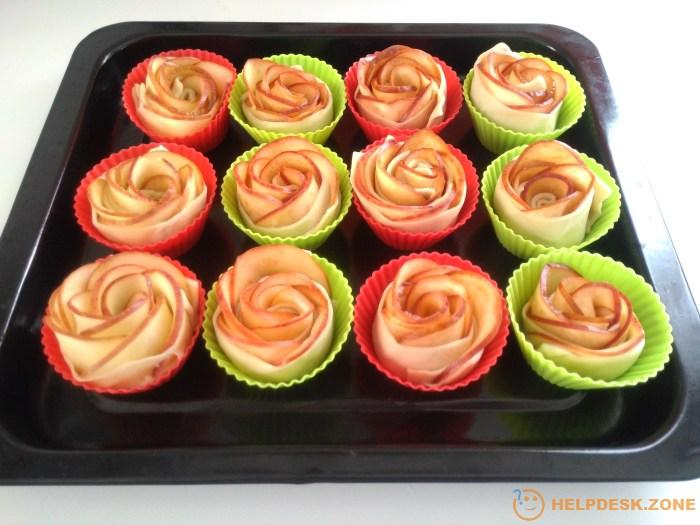 Immediately put the roses in cake pan